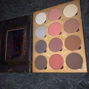 Makeup - Lunatick Lab cosmetics contour palette